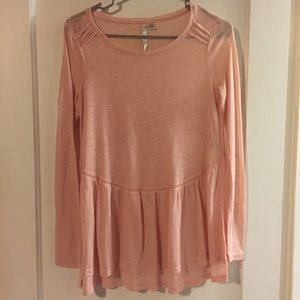 ⭐️5/$25⭐️ NWOT LC Lauren Conrad top